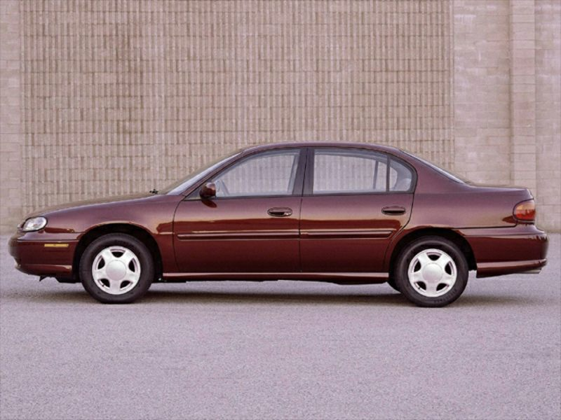 2000 chevrolet malibu reviews specs and prices. Black Bedroom Furniture Sets. Home Design Ideas