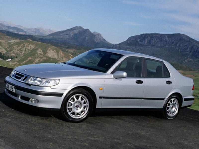 2000 saab 9 5 reviews specs and prices. Black Bedroom Furniture Sets. Home Design Ideas