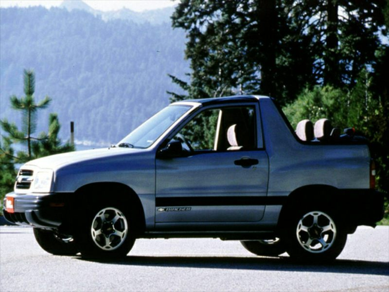 2002 chevrolet tracker reviews specs and prices. Black Bedroom Furniture Sets. Home Design Ideas