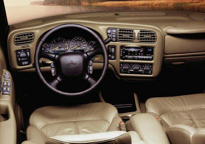 2002 Chevrolet Blazer LS 2Door 2WD automatic since mid