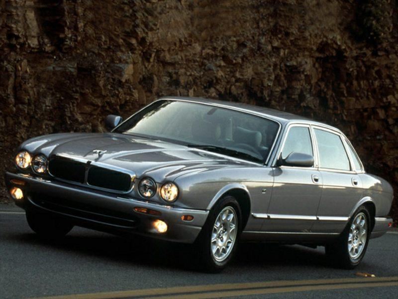 2003 jaguar xj8 reviews specs and prices. Black Bedroom Furniture Sets. Home Design Ideas