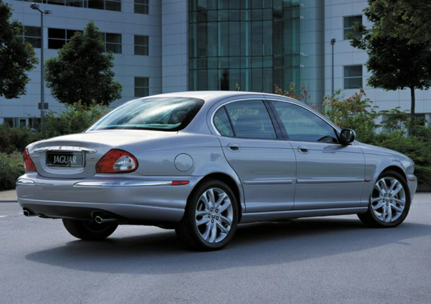 2002 jaguar x type reviews specs and prices. Black Bedroom Furniture Sets. Home Design Ideas