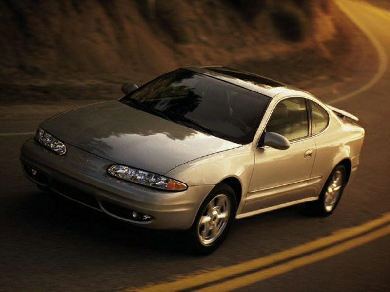 2002 oldsmobile alero reviews specs and prices. Black Bedroom Furniture Sets. Home Design Ideas