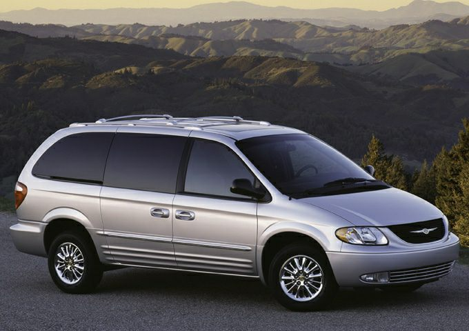 Town And Country Van Reviews >> 2003 Chrysler Town & Country Reviews, Specs and Prices | Cars.com