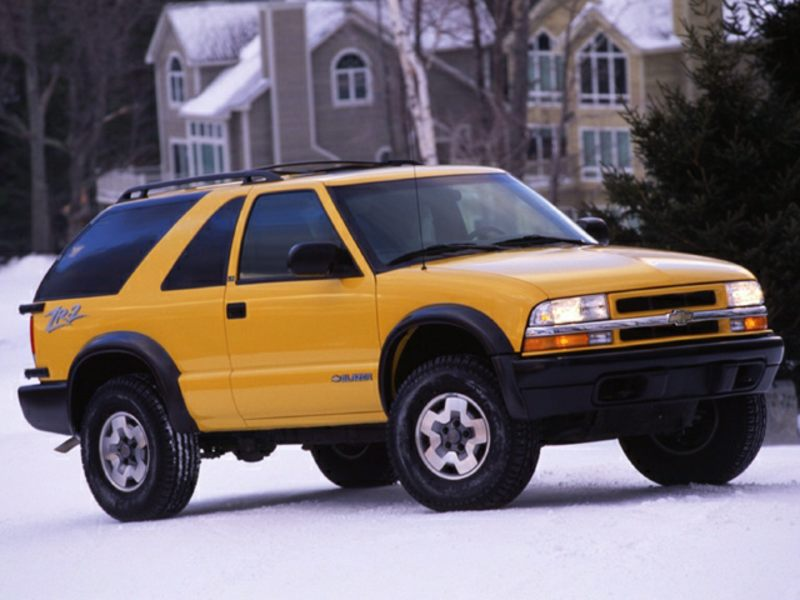 2003 chevrolet blazer reviews specs and prices. Black Bedroom Furniture Sets. Home Design Ideas
