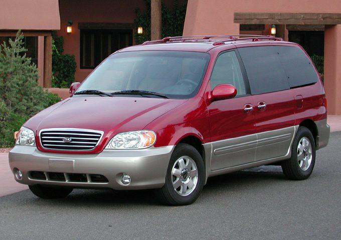 2003 Kia Sedona EX Minivan for sale in Dalton for $4,995 with 124,823 miles.