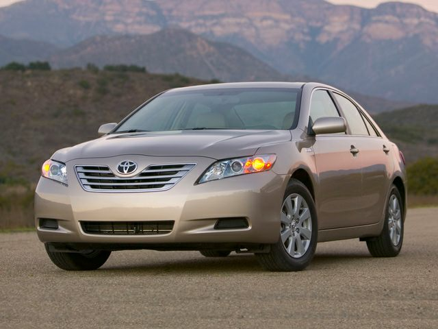2009 Toyota Camry Hybrid Sedan for sale in Albertville for $14,990 with 98,698 miles