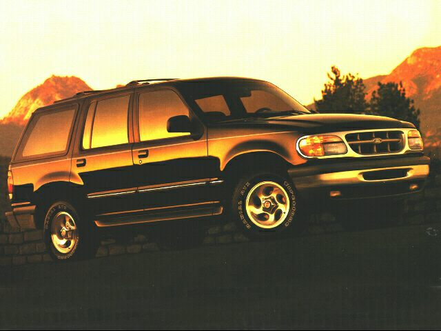 1996 Ford Explorer XLT SUV for sale in Minneapolis for $1,491 with 241,465 miles.