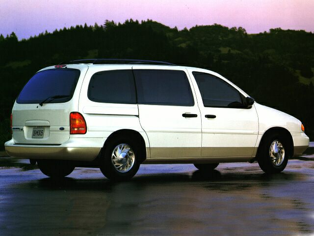 1996 Ford Windstar GL Minivan for sale in Knoxville for $1,500 with 186,000 miles.