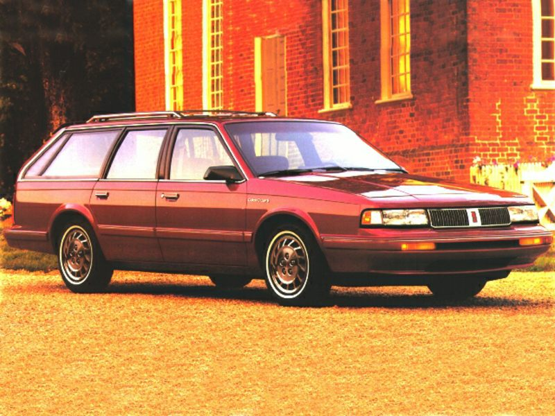 1996 oldsmobile cutlass ciera reviews specs and prices. Black Bedroom Furniture Sets. Home Design Ideas