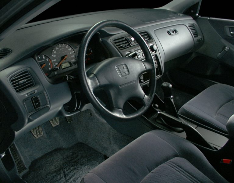 2000 Honda Accord Reviews Specs And Prices