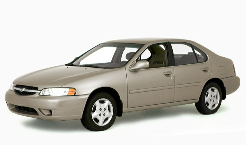 2000 Nissan Altima GXE Sedan for sale in San Jose for $6,998 with 122,718 miles