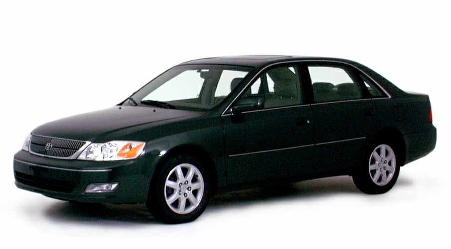 2000 Toyota Avalon XL Sedan for sale in Fort Myers for $1,990 with 200,811 miles