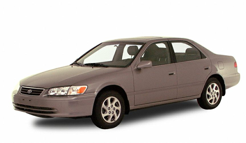 2000 Toyota Camry XLE Sedan for sale in Stratford for $4,998 with 96,291 miles