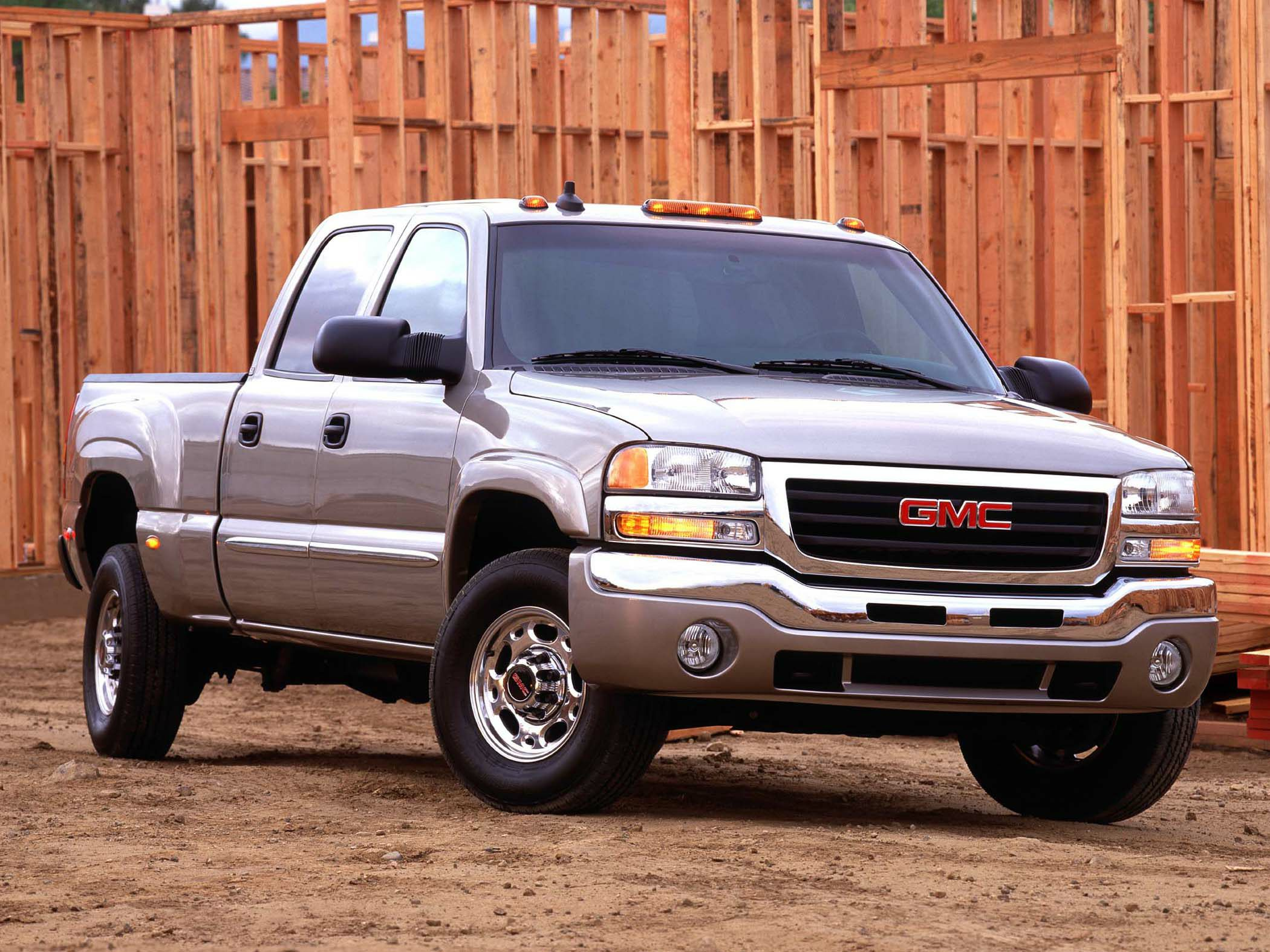 2010 Gmc Sierra For Sale >> 2003 GMC Sierra 1500 Reviews, Specs and Prices | Cars.com