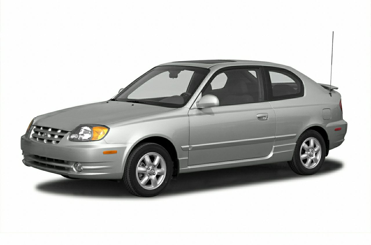 2004 Hyundai Accent GL Sedan for sale in Appleton for $4,995 with 89,574 miles