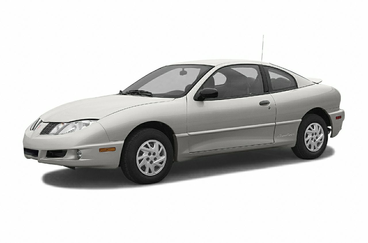 2004 Pontiac Sunfire Coupe for sale in Owasso for $2,777 with 132,191 miles.