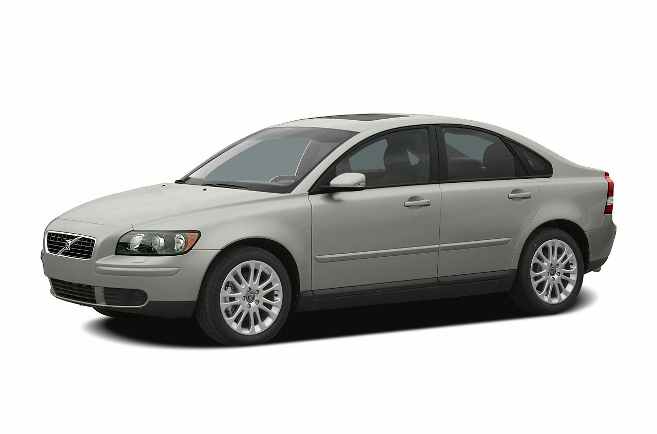 2004 Volvo S40 Sedan for sale in Newark for $3,999 with 147,661 miles