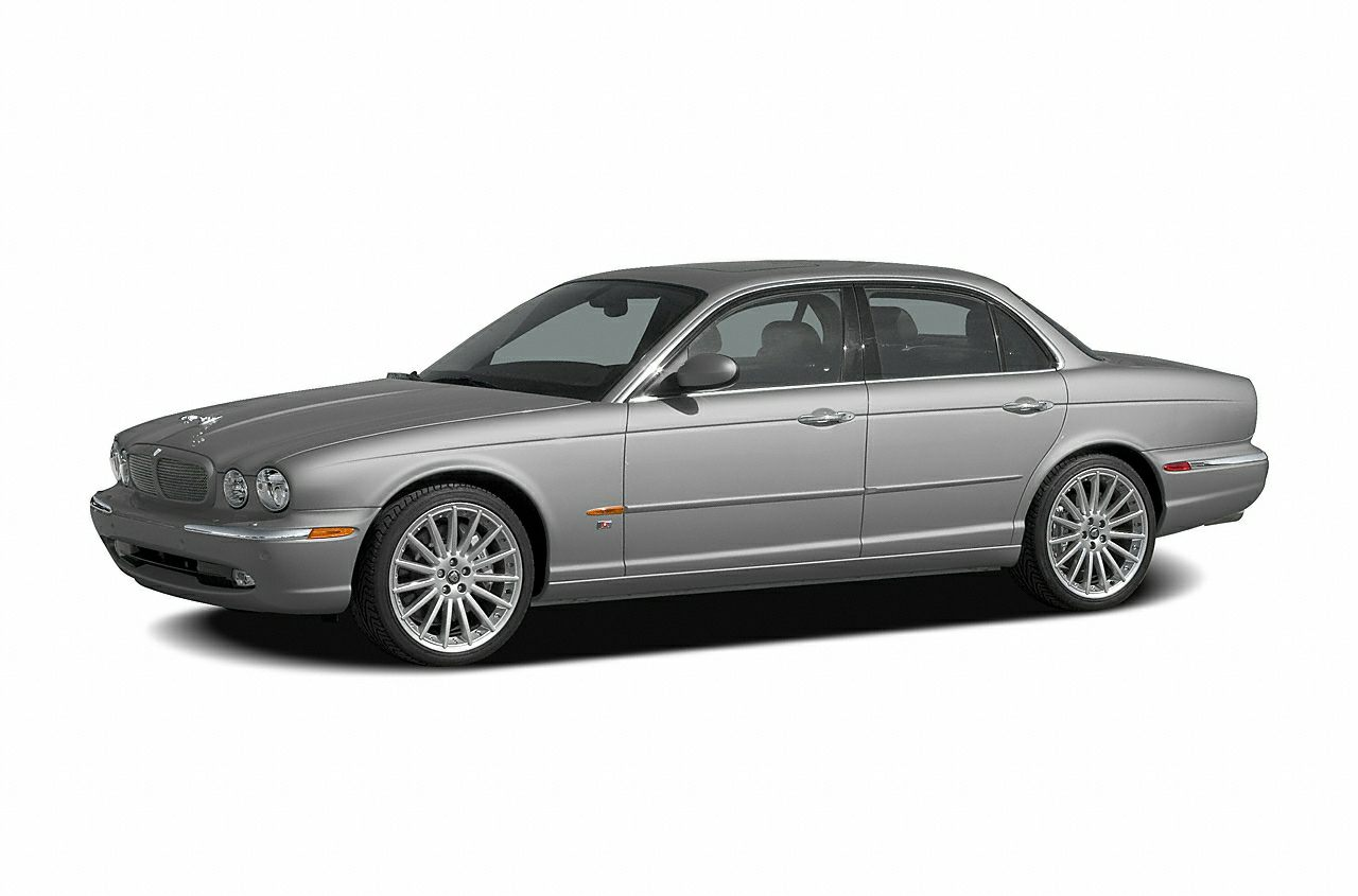 2005 Jaguar XJR Sedan for sale in Collierville for $13,950 with 96,026 miles