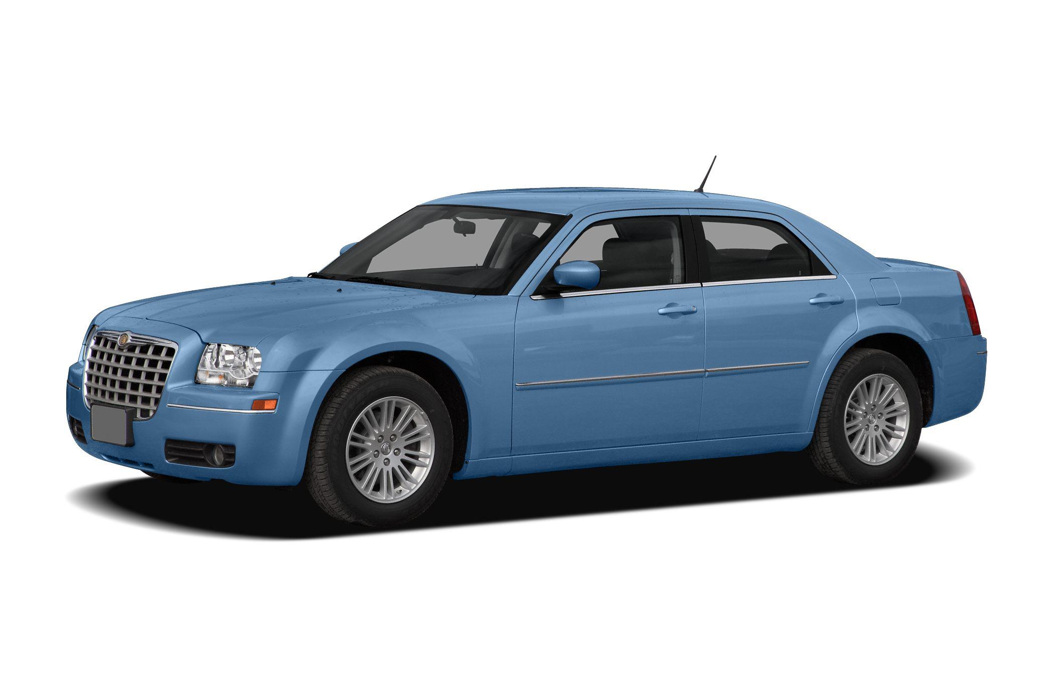 2008 Chrysler 300 Touring Sedan for sale in Fresno for $14,995 with 92,537 miles.