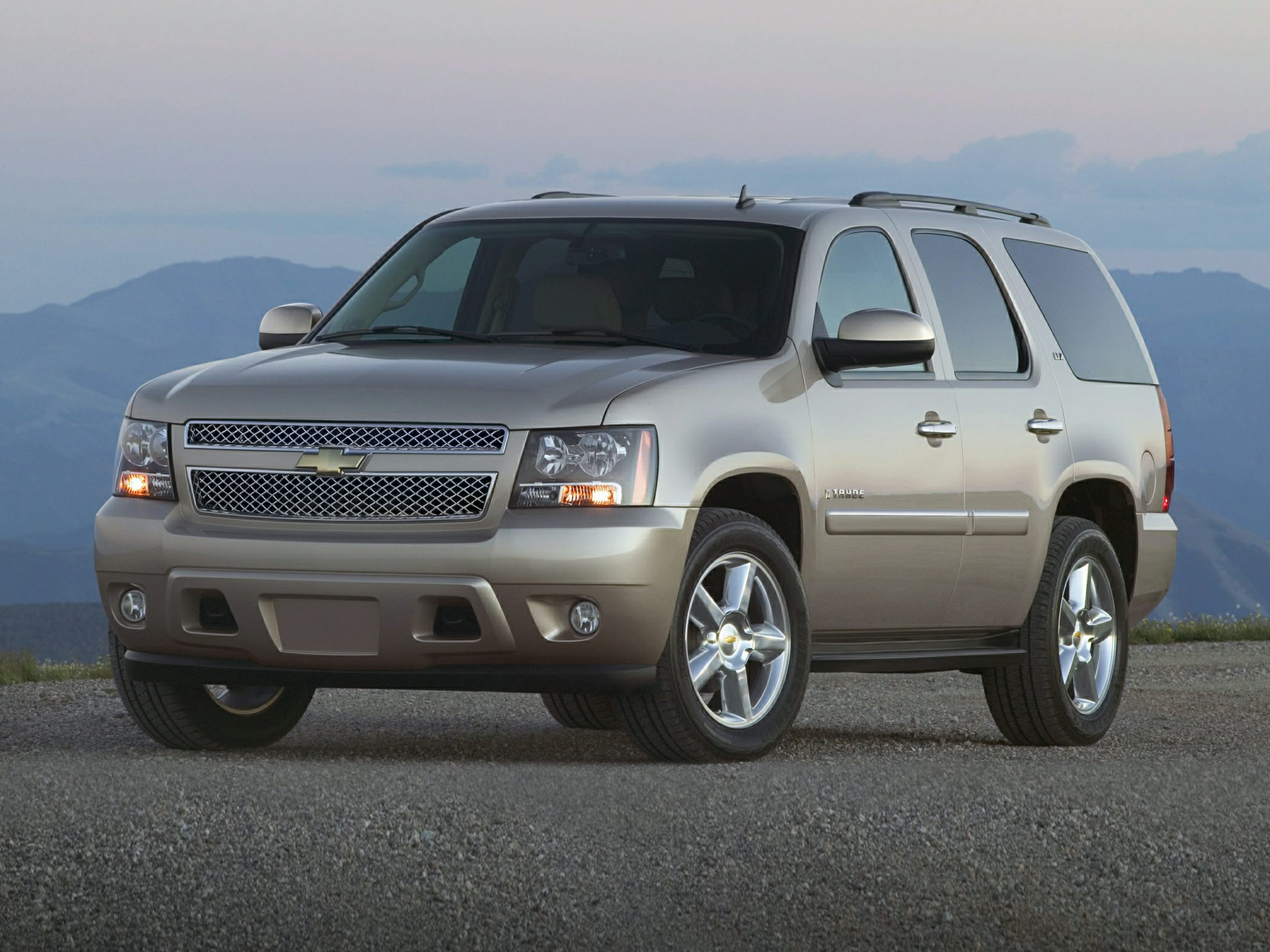 2014 Chevrolet Tahoe Reviews Specs And Prices Cars Com