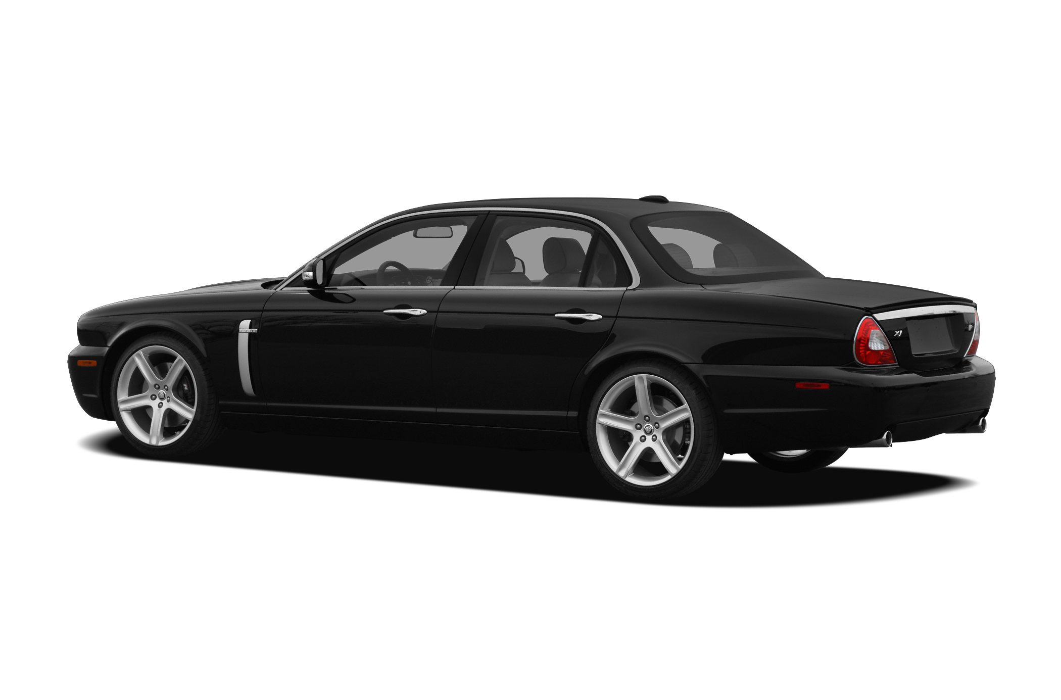 Car Seat Recall >> Jaguar XJ8 Sedan Models, Price, Specs, Reviews | Cars.com