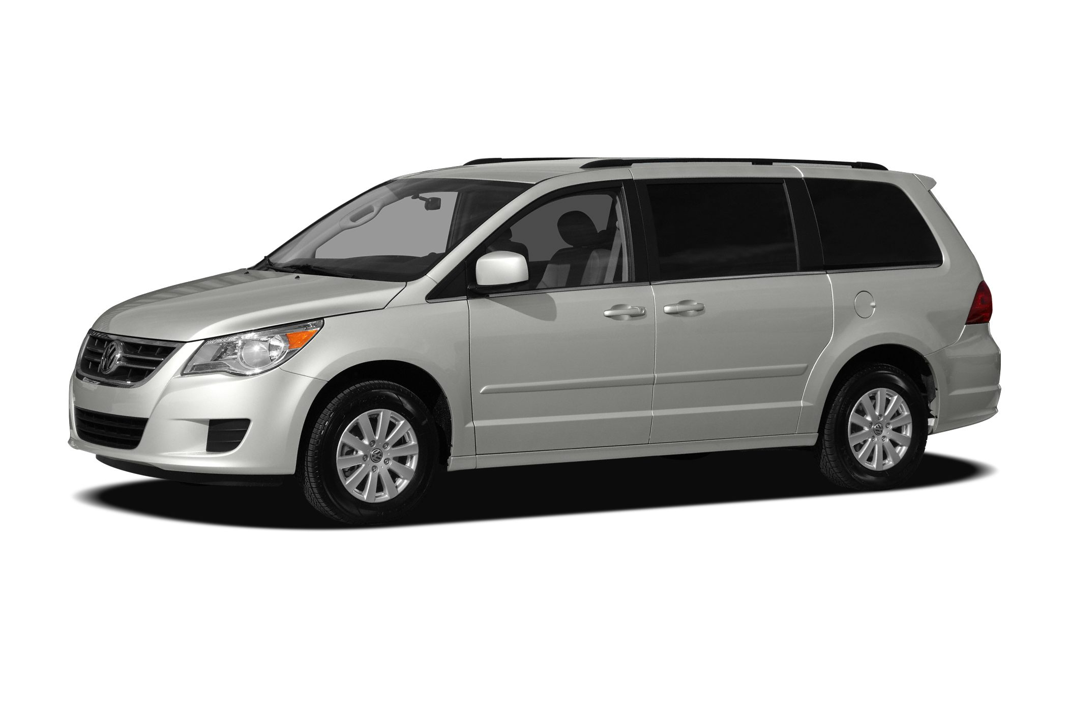 2010 Volkswagen Routan SE Minivan for sale in Lebanon for $14,777 with 61,882 miles.