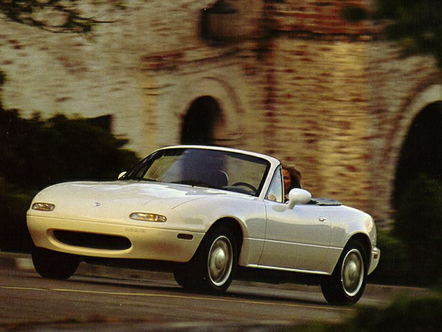 1993 Mazda Miata MX-5 Convertible for sale in Belton for $7,700 with 19,829 miles.