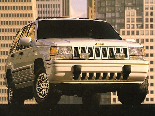 1994 Jeep Grand Cherokee SE SUV for sale in El Paso for $3,995 with 233,315 miles.