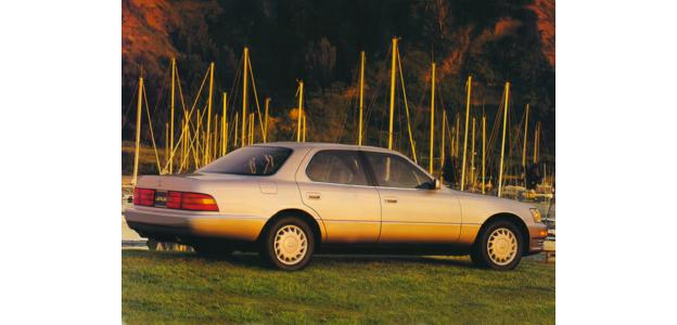 1994 Lexus LS 400