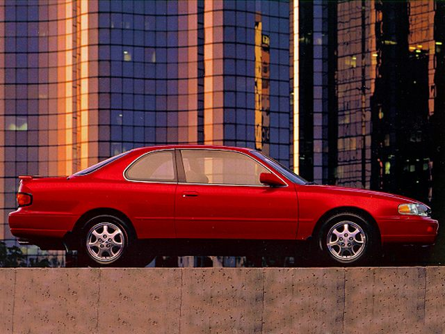 1995 Toyota Camry LE Sedan for sale in Detroit for $2,495 with 117,000 miles.
