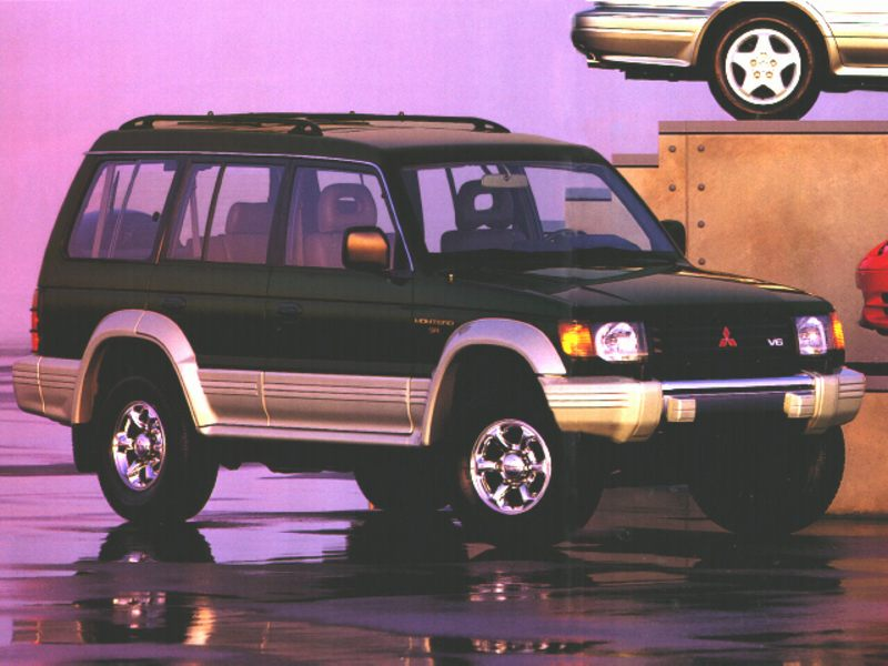 1997 mitsubishi montero reviews specs and prices. Black Bedroom Furniture Sets. Home Design Ideas