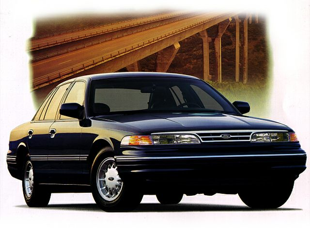 1997 Ford Crown Victoria LX Sedan for sale in Kissimmee for $2,900 with 95,109 miles