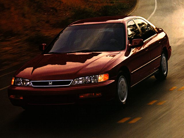 1997 Honda Accord SE Sedan for sale in McMinnville for $4,991 with 124,427 miles.