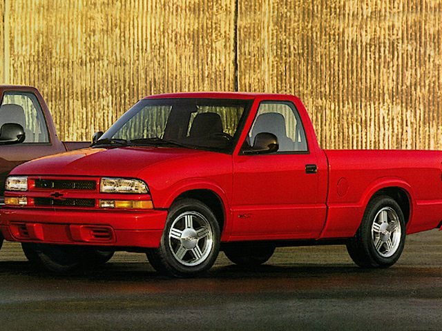 1998 Chevrolet S-10 LS Regular Cab Pickup for sale in Atlanta for $4,987 with 102,170 miles