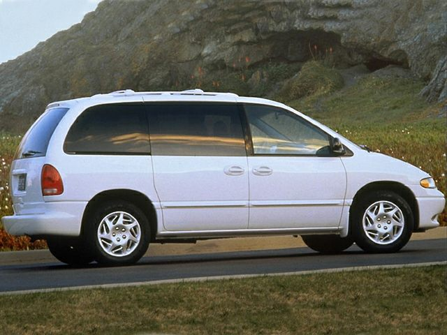 1998 Dodge Caravan SE Minivan for sale in Hermiston for $3,000 with 144,713 miles