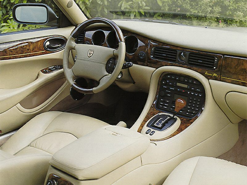 1999 jaguar xj8 reviews specs and prices. Black Bedroom Furniture Sets. Home Design Ideas