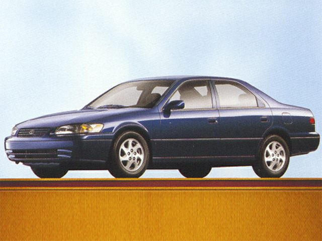 1998 Toyota Camry XLE Sedan for sale in Tulsa for $3,944 with 134,681 miles.