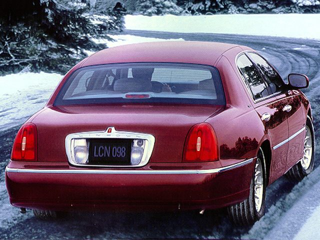 1999 Lincoln Town Car Reviews Specs And Prices Cars Com