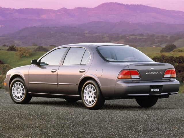 1999 Nissan Maxima GXE Sedan for sale in High Point for $2,491 with 248,740 miles