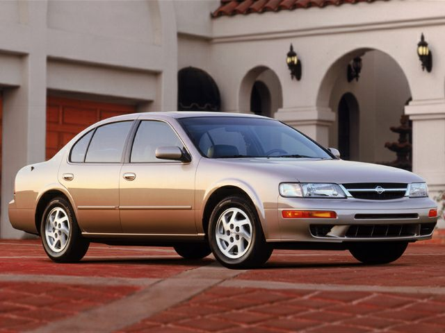 1999 Nissan Maxima GLE Sedan for sale in Aurora for $2,895 with 129,756 miles.