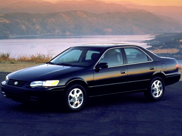 1999 Toyota Camry XLE Sedan for sale in San Antonio for $5,999 with 57,409 miles