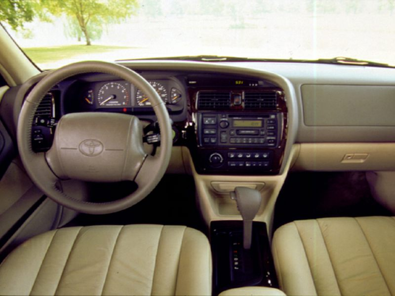 1999 Toyota Avalon Reviews Specs And Prices