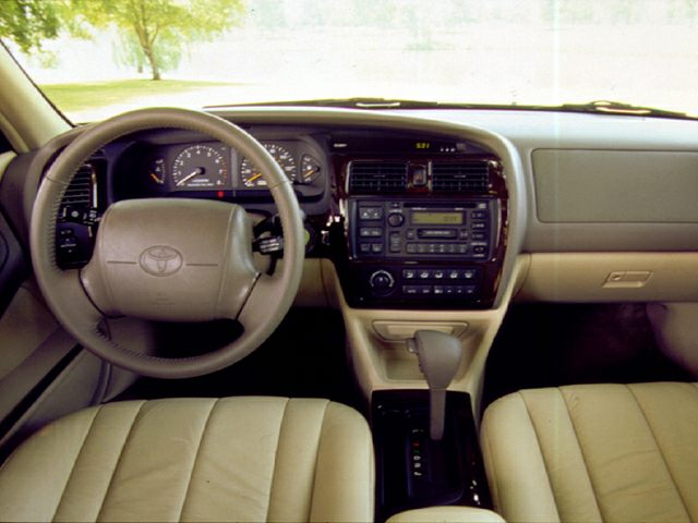 1999 Toyota Avalon Reviews Specs And Prices Cars Com