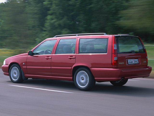 1999 Volvo V70 Reviews Specs And Prices Cars Com