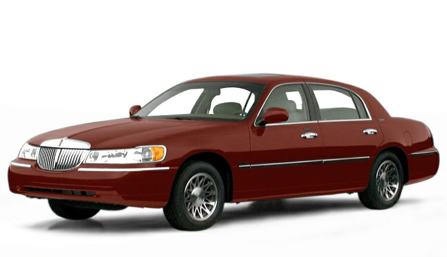 2000 Lincoln Town Car Signature Sedan for sale in Hillsdale for $0 with 248,747 miles