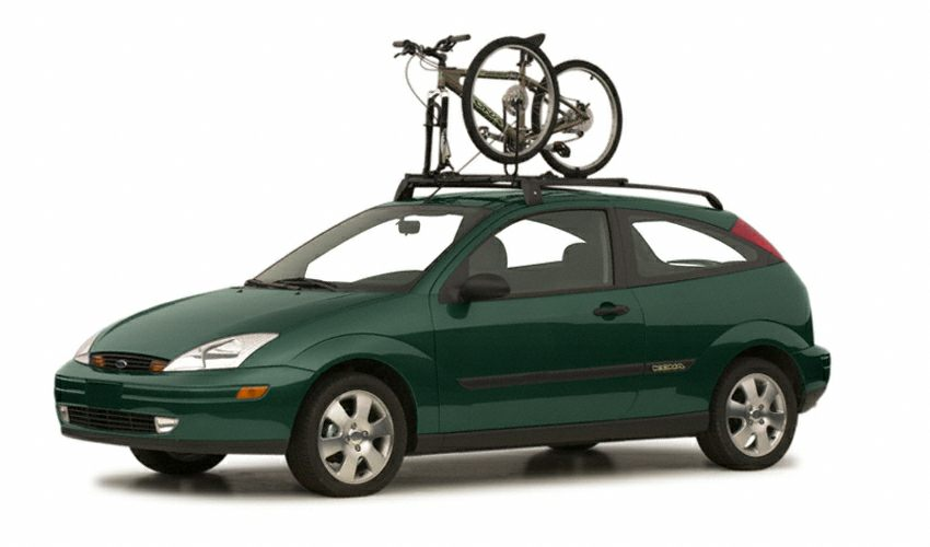 2001 Ford Focus ZX3 Hatchback for sale in Sterling for $4,495 with 76,000 miles.