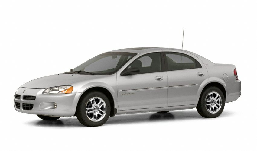 2003 Dodge Stratus SE Sedan for sale in Longmont for $5,000 with 185,765 miles.