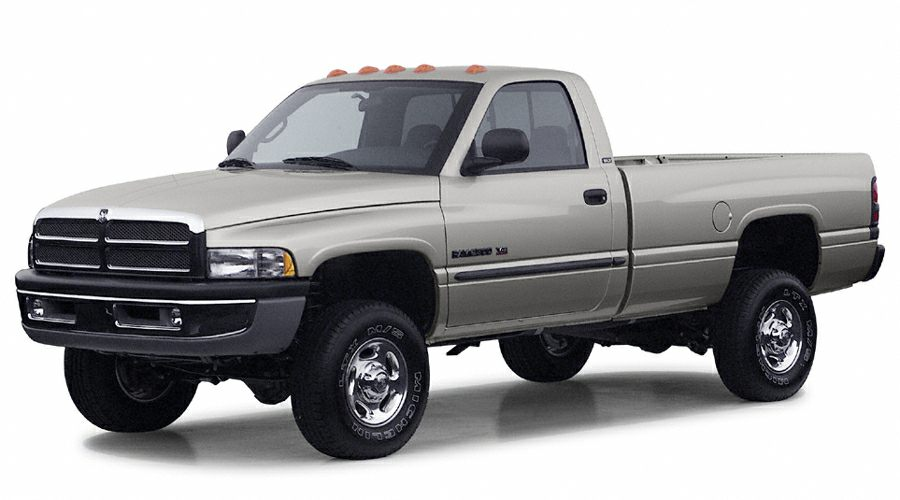 2002 Dodge Ram 2500 SLT Crew Cab Pickup for sale in Fort Wayne for $9,975 with 113,959 miles.