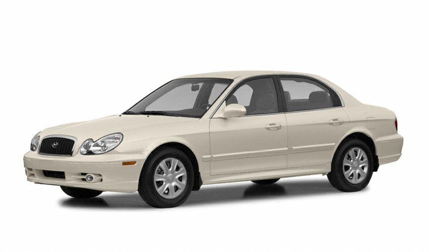 2002 Hyundai Sonata GLS Sedan for sale in Tucson for $5,695 with 90,961 miles.